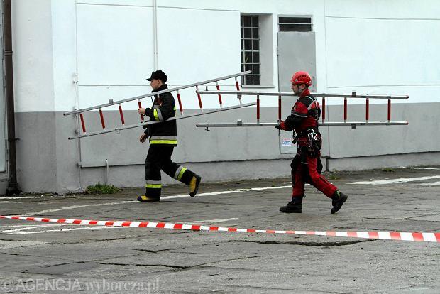 Kowary: Wyciek gazu spowodowa� ewakuacj� 50 mieszka�c�w