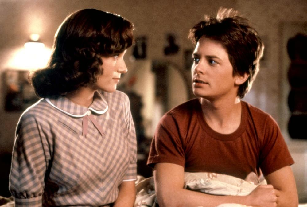 Lea Thompson i Michael J. Fox w 'Powrocie do przyszłości' / mat. promocyjne Universal