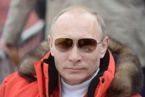 Antropolo�ka: Putin jak Mussolini. Nagi tors, sport, samoloty, narty