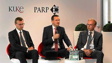 Radosław Domagalski - Łabędzki (z prawej) jeszcze jako wiceminister rozwoju na Forum Ekonomicznym w Krynicy