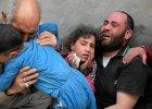 Syryjska rodzina opłakuje śmierć bliskich