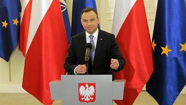 Prezydent Andrzej Duda poinformował o podpisaniu ustaw reformujących oświatę