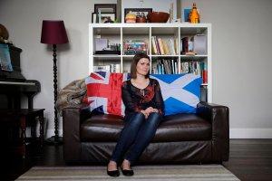 Rozpocz�o si� referendum niepodleg�o�ciowe w Szkocji. Sonda�e? Wynik bliski remisu