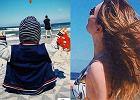 """Magda Lamparska z synem nad morzem. Pierwszy raz po ciąży pokazała się w kostiumie kąpielowym. """"Figura sztos!"""""""