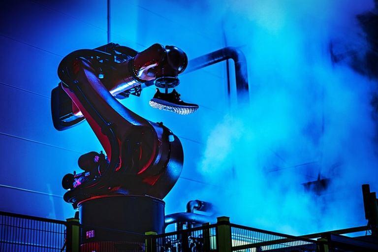 Adidas otwiera w Niemczech własną fabrykę - Speedfactory