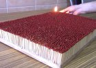 Niesamowite wideo! 6000 zapałek staje w ogniu