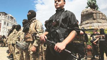 23 czerwca, Kijów. Przysięga ochotników batalionu Azow przed wyruszeniem na front