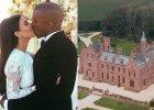 Wiemy, jak Kim Kardashian i Kanye West sp�dzaj� miesi�c miodowy. Zrobiono im zdj�cia, a my wci�� nie mo�emy wyj�� ze zdziwienia