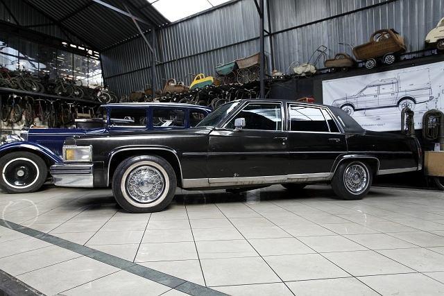 Cadillac Fleetwood - opancerzona limuzyna zamówiona przez ekipę Edwarda Gierka