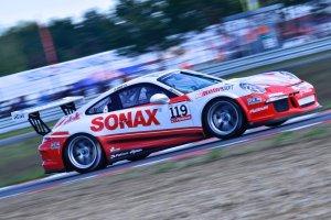 Porsche Platinum GT3 CCCE | Parys zn�w na najwy�szym miejscu podium