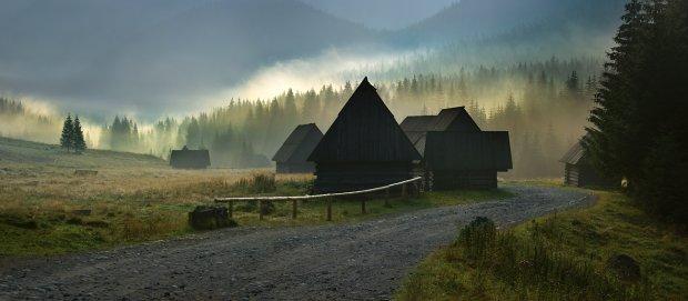 10 cudownych miejsc w Tatrach, gdzie (prawie) ka�demu uda si� zrobi� superzdj�cie. Ten ch�opak wie, co m�wi - jego fotografie podbijaj� internet