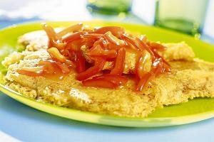 Smażona ryba z sosem słodko-kwaśnym