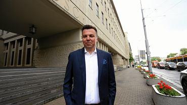 Marek Falenta przed sądem podczas rozprawy w sprawie afery podsłuchowej