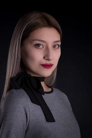 Egzotyczne piękności w konkursie Miss WSIiZ: Kazaszki, Hinduska, Rosjanka...  [ZDJĘCIA]