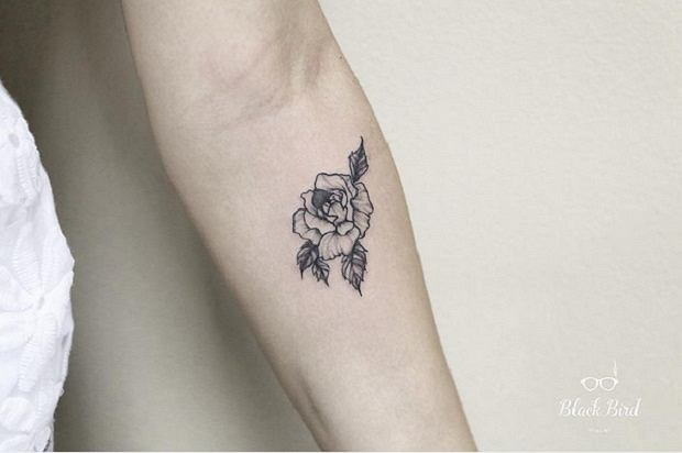 Delikatne Tatuaże 15 Propozycji Dla Dziewczyn Które Marzą O Małym