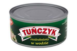 Tuńczyk, jako składnik wiosennej sałatki