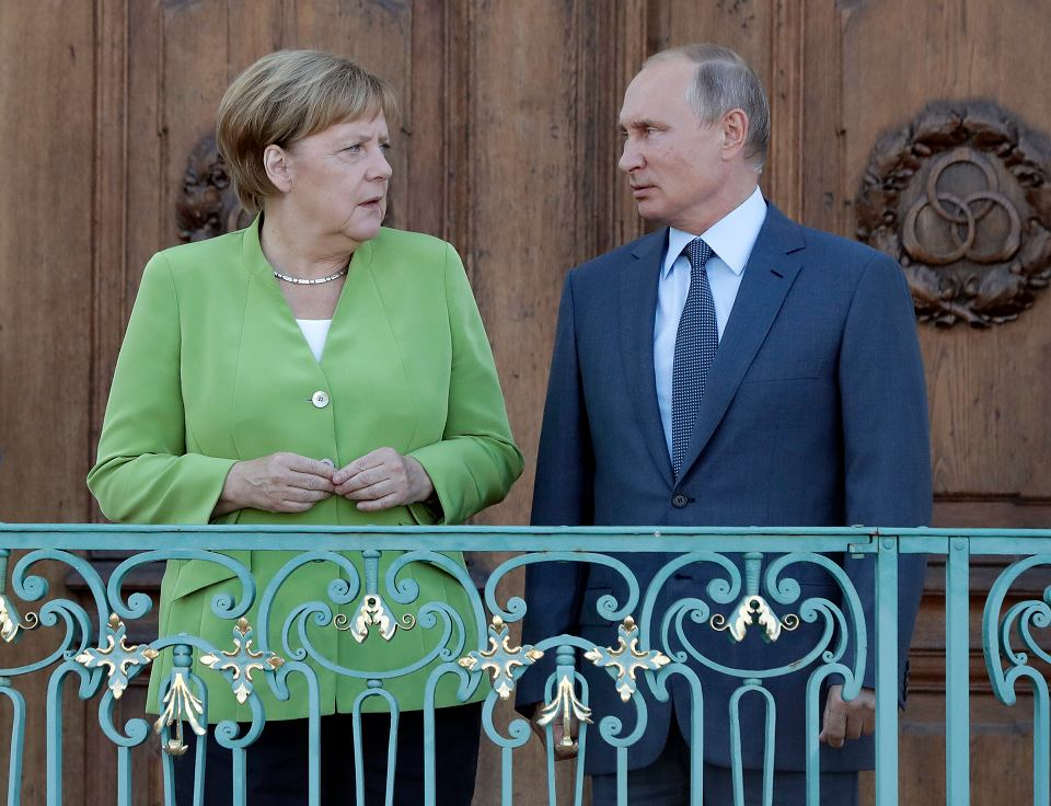 Angela Merkel i Władimir Putin podczas spotkania w Meseberg, 18 sierpnia 2018.