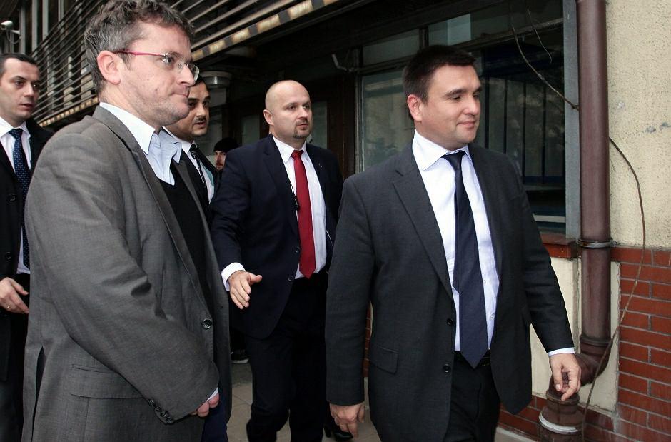 Szef MSZ Ukrainy Pawło Klimkin - pierwszy od prawej