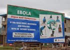 Eksperci: Epidemia Eboli poza kontrol�. Brak planu dzia�ania