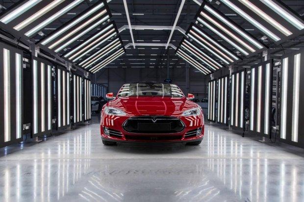 Tesla Motors | Europejska ekspansja