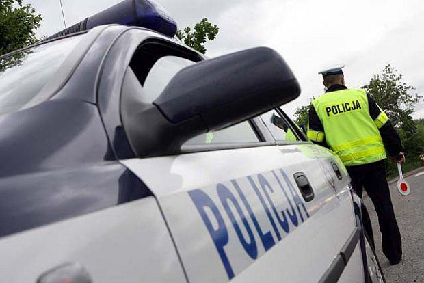 Powa�ne obra�enia policjanta okaza�y si� nieprawd�? Dziwna historia pewnego wykroczenia