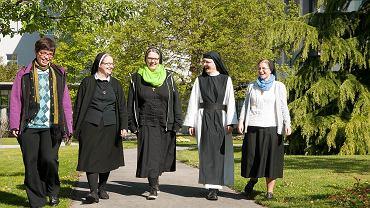 Zdjęcia promujące życie klasztorne austriackiego Stowarzyszenia Zakonów Żeńskich.