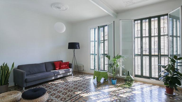 Salon. Mieszkanie w Barcelonie, proj. Nook Architects