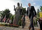 Macierewicz: Pomnik niepodległości w każdej gminie