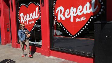 Irlandia. Głosowanie nad odrzuceniem 8. poprawki do konstytucji