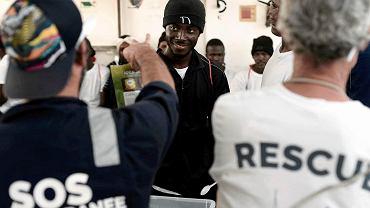 Misja ratunkowa statku 'Aquarius' organizacji SOS Mediterranee pomagającej imigrantom na Morzu Śródziemnym, 12 czerwca 2018 roku