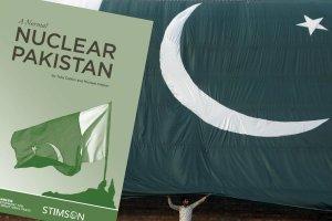 Pakistan trzeci� pot�g� atomow�? Niepokoj�cy raport instytut�w badawczych