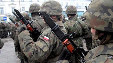 Resort pracy szacuje, że nowe przywileje dostanie 17 tys. żołnierzy.