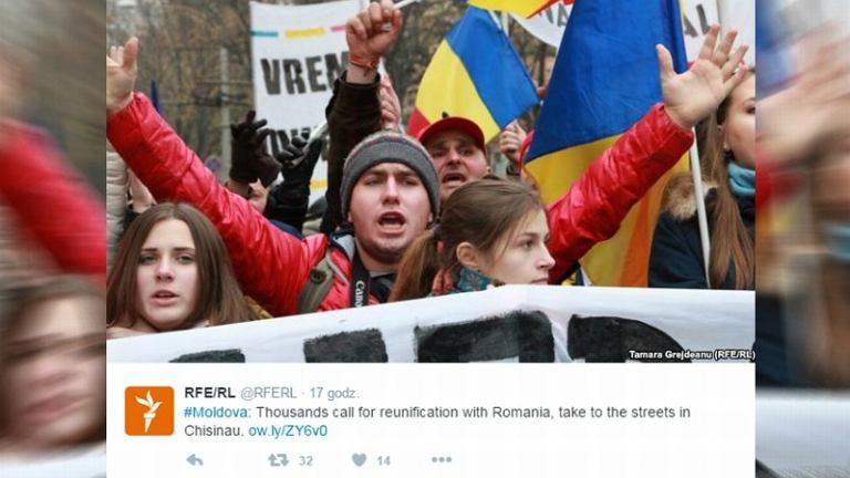 Marsz zwolenników zjednoczenia z Rumunią w w Kiszyniowie