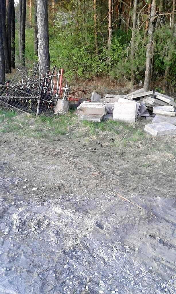 Zdemontowany pomnik w Rząbcu