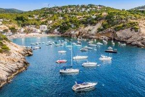 Trzy wyspy, a ka�da inna: Majorka, Minorka, Ibiza. Kt�r� wybra�? [BALEARY]