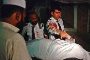 Pakistan: Ostrzelano samolot pasa�erski. Jedna osoba nie �yje