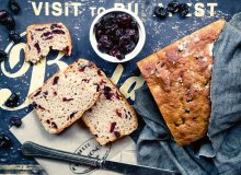 Chleb razowy z �urawin� - ugotuj
