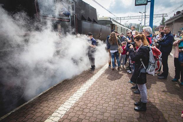 Wyjątkowe pociągi retro wrócą na jedną z tras kolejowych w Polsce. A w środku - dodatkowe atrakcje [ZDJĘCIA]