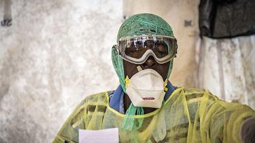Według danych WHO ze środy liczba ofiar śmiertelnych epidemii eboli w Afryce Zachodniej wyniosła 1069. 1975 osób jest zarażonych wirusem