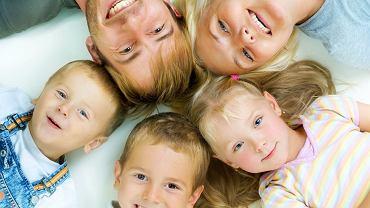 Piekne i zdrowe zęby to marzenie każdego, aby tak było nalezy o nie prawidłowo dbać