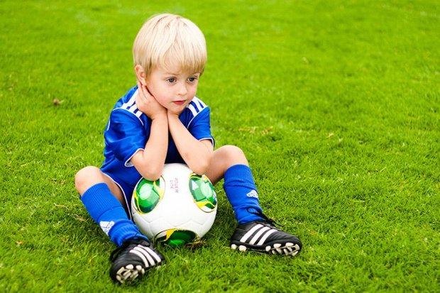 Znalezione obrazy dla zapytania dziecięca piłka nożna