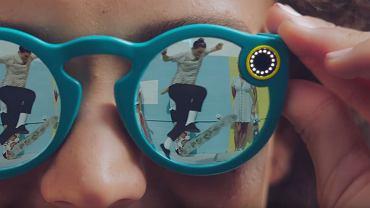 Snapchat przesta� by� tylko komunikatorem. Zaprezentowa� pierwsze urz�dzenie
