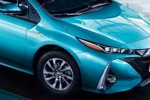 Salon Paryż 2016 | Toyota Prius Plug-in | Tylko litr na 100 km