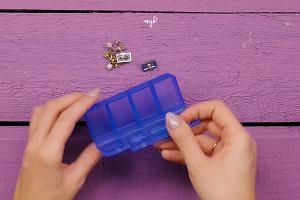Wyjeżdżasz na urlop i zastanawiasz się, jak zapakować biżuterię, by jej nie uszkodzić? Sprawdź nasze 4 myki!