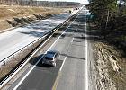 Urwane ko�a, zgubiony na wertepach towar. Pseudoautostrada A18