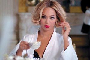 Beyonce: Schud�am 30 kilogram�w. Pracowa�am jak szalona, aby odzyska� moje cia�o. Bardzo chcia�am je pokaza�. I POKAZA�A!