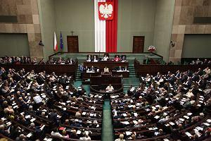 Sejm zdecydował: umowa o pracę będzie na piśmie i przed podjęciem zatrudnienia