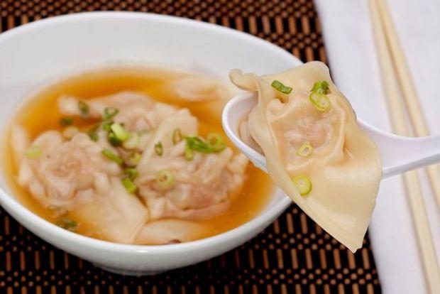 Chi�ska zupa wan tan - wideo