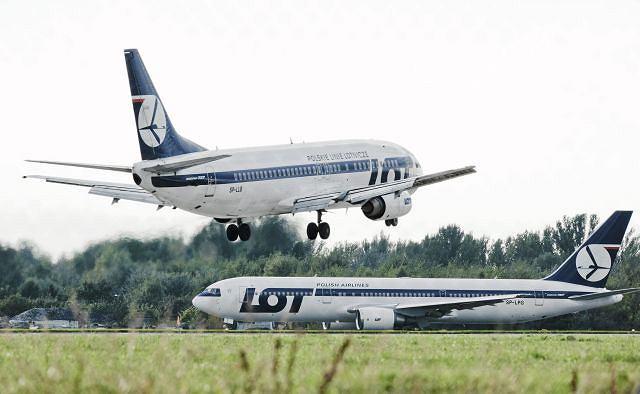 Podczas lotu z USA do Polski zmarło trzyletnie dziecko. Samolot wylądował na Okęciu
