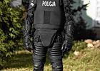 Policja zbroi się na Euro. Cegły i maczety niestraszne